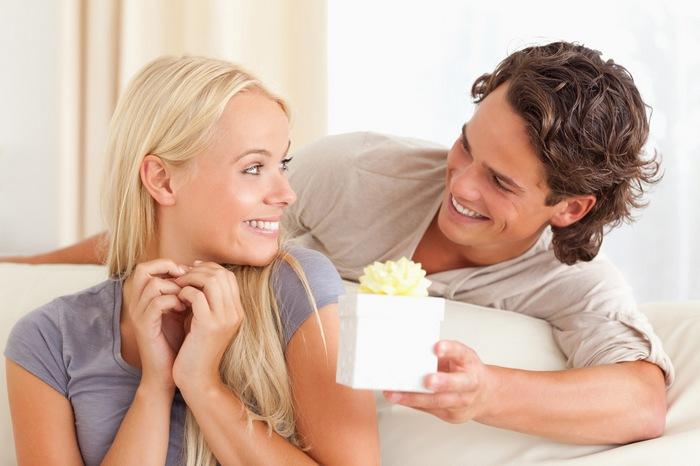 Что лучше подарить жене на 26, 27, 28, 29 лет?