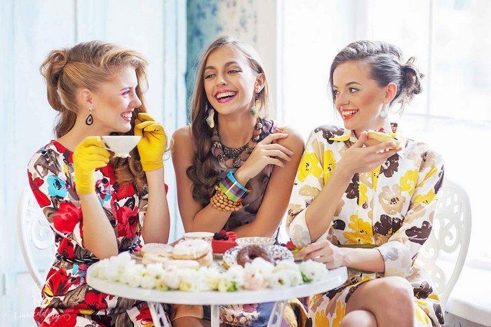 45 идей, что подарить подруге на день рождения