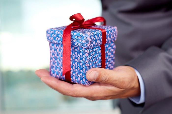 55 интересных подарков мужчине на день рождения