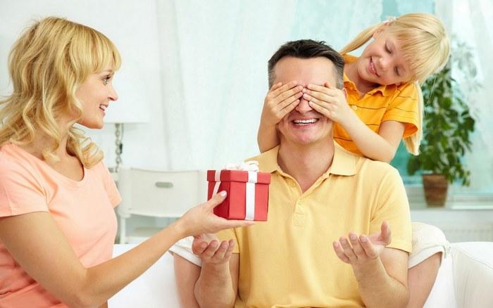 Что лучше подарить мужу на день рождения оригинальное и недорогое?