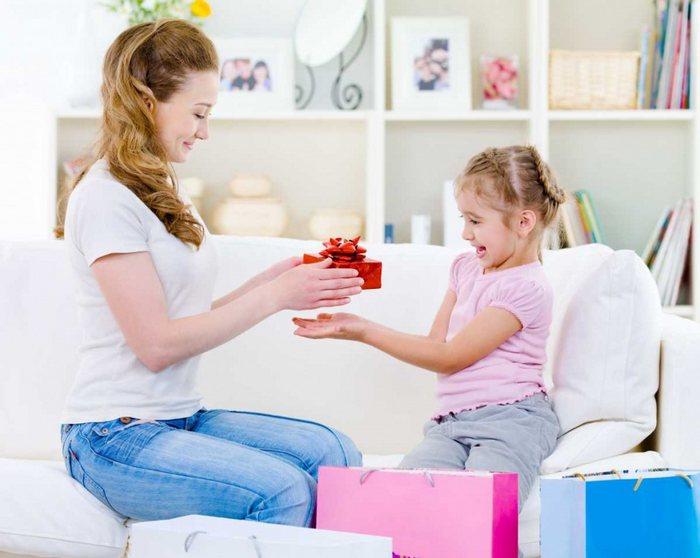 Список 50 лучших подарков дочке на день рождения