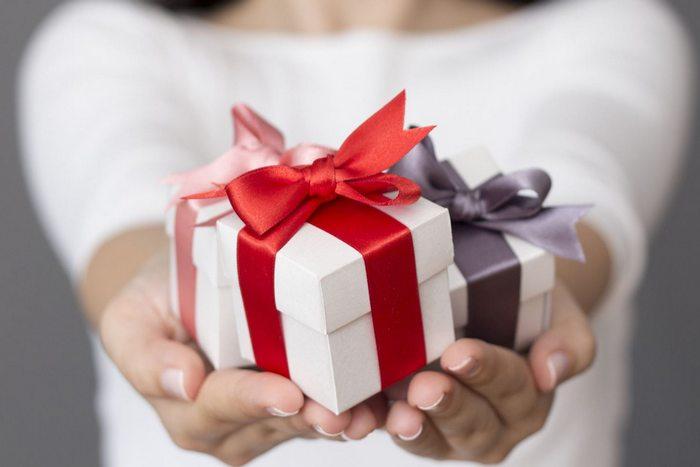 14 лучших подарков на 23 февраля любимому парню