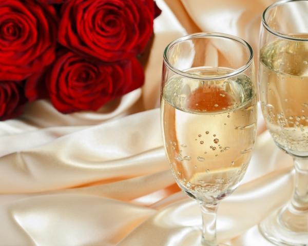 24 года свадьбы – атласная свадьба