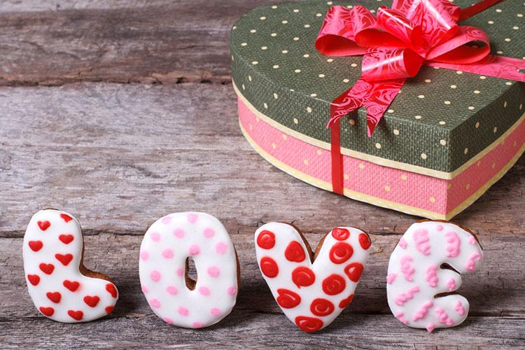 Выбор подарка любимому на 14 февраля
