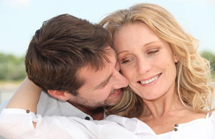 Выбор подарка женщине на 45 лет